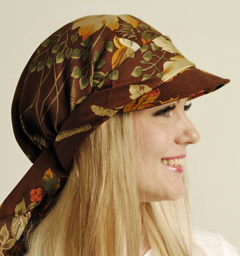 Ainamuoti Scarf Visor Autumn Leaves brown