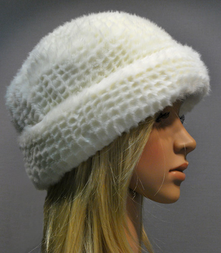 MP Kamy Artificial Fur Hat Crystal 09159dc26463